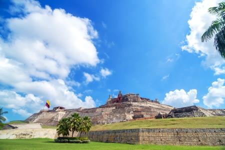 bandera de colombia: Histórico de San Felipe de Barajas castillo es una de las principales atracciones en Cartagena, Colombia Editorial