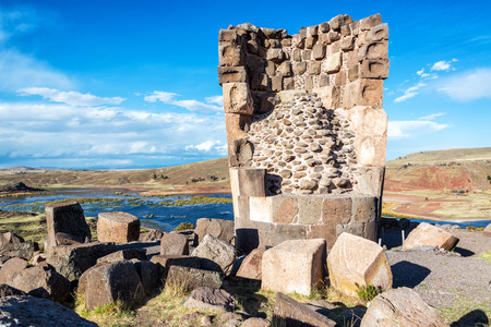 funerary: Funerary tower of the Colla people at Sillustani near Puno, Peru