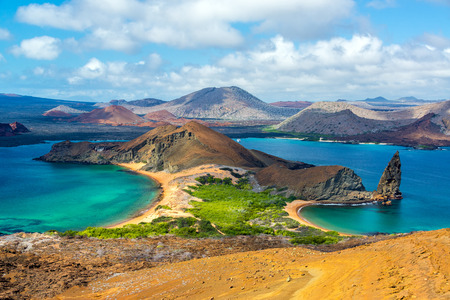 View of two beaches on Bartolome Island in the Galapagos Islands in Ecuador 스톡 콘텐츠