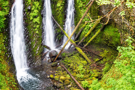 oregon cascades: View of Triple Falls in the Columbia River Gorge in Oregon