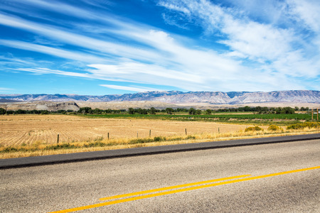 wyoming: Highway passing through fields in Shell, Wyoming