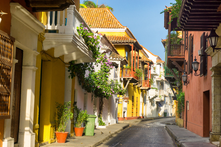 View of a beautiful colonial street in Cartagena, Colombia Stok Fotoğraf