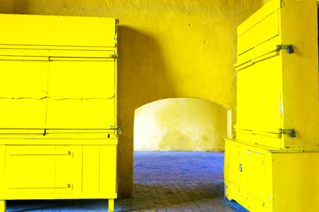 yellow walls: Yellow walls in the main entrance to the historic walled city of Cartagena, Colombia