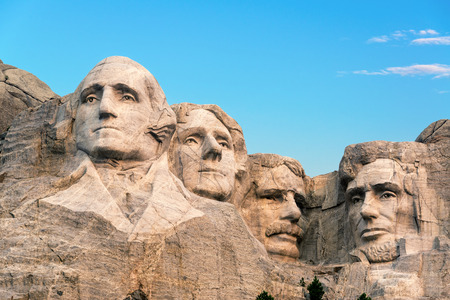 mount: Classic view of Mount Rushmore