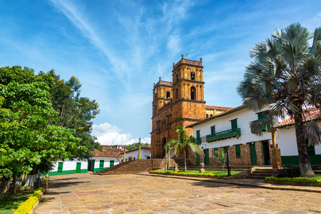 Beautiful cathedral in the main plaza in the town of Barichara, Colombia Stok Fotoğraf