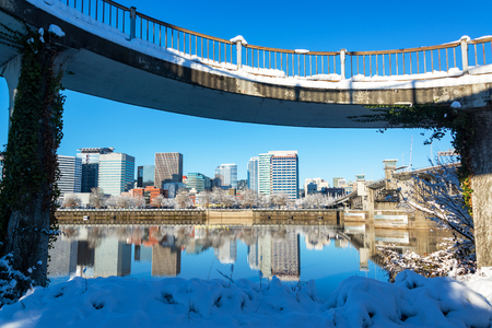 eastbank: View of downtown Portland, Oregon after a winter storm Stock Photo
