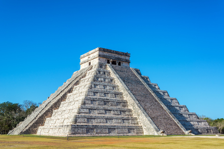 View of the Pyramid of Kukulcan, also known as El Castillo, in the Mayan ruins of Chichen Itza, Mexico