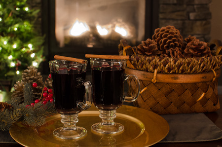 festive pine cones: Mulled wine at Christmas Stock Photo