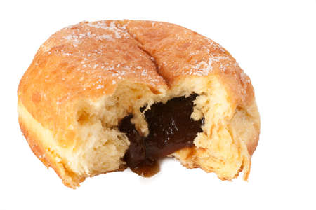 ciruela pasa: Una rosquilla polaco o Paczek con la poda de llenado se derrame el