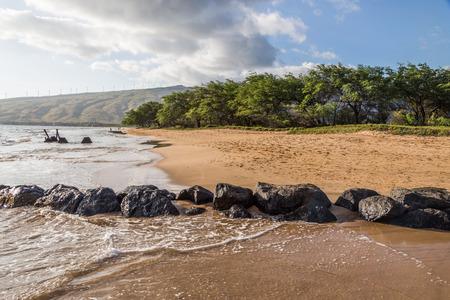 crystaline: Beautiful gold sand and crystaline blue waters in the Kealia Beach Maui, near the Kealia National Wildlife Refuge