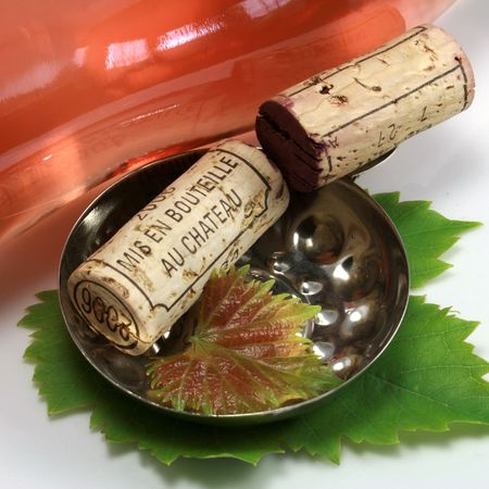 Corks and accessory concerning the wine photo