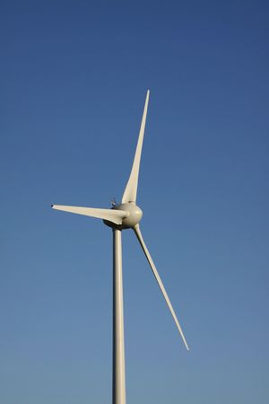 pales: Renewable energy with wind turbines in the countryside