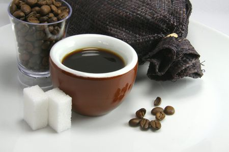 echange: Tasting of coffee with a brown cup