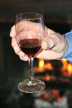 tastevin: Tasting of a ancient wine