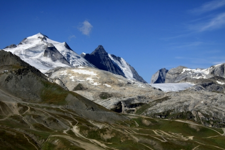 The Grande Motte and the glacier of the Vanoise photo