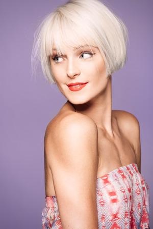 blonde females: Blond hairstyle