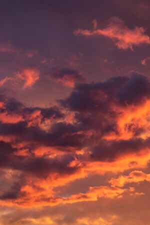 Colorful sunset sky background with reddish colors Archivio Fotografico - 138047384