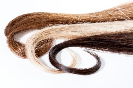 各種の暗い、金髪と茶色の髪の毛 写真素材