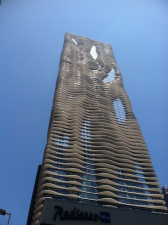 aqua: A Chicago hotel on a cloudless summer day  Stock Photo