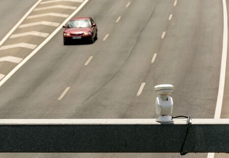 Traffic camera for speed control of vehicles on the road