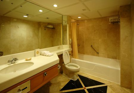 A spacious and nicely decorated Dream bath