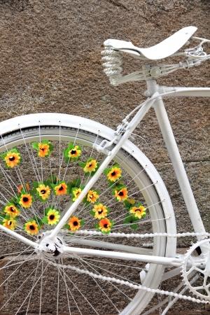 decorated bike: cavallo bianco