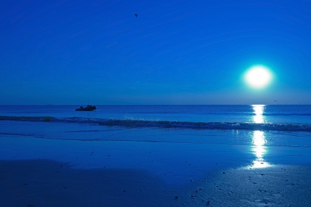 Blue sunset at sea in summer Stock Photo - 14985265
