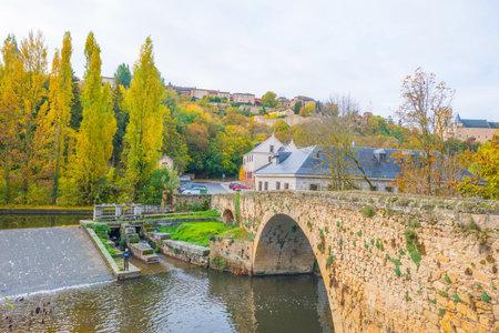 River through the city of Segovia