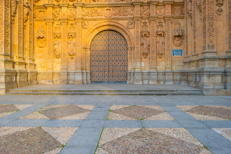 convento: Detail of a Dominican monastery in Salamanca Editorial