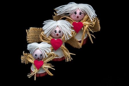 Ceramic angels, made at home with small pots, wool, coffee bags and rubber, with Christmas decoration