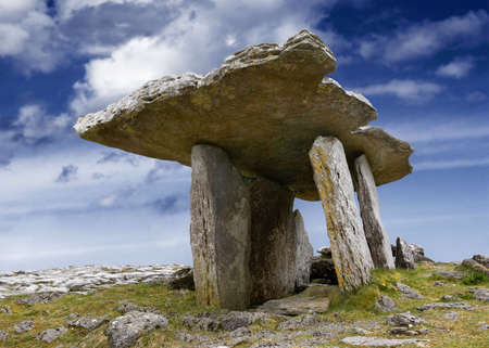 5,000 year old portal tomb in the limestone Burren area of County Clare, Ireland Stock Photo