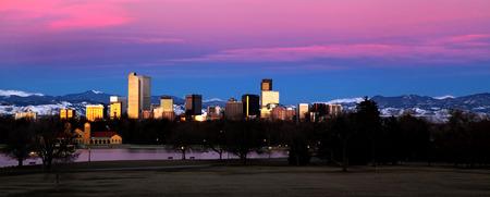 コロラド州デンバーのスカイラインの風景 写真素材
