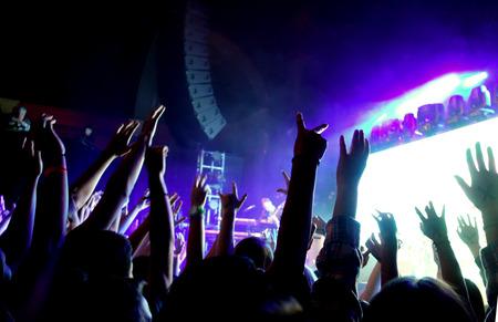 concierto de rock: Rock Concierto Público de Personas