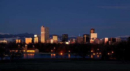 denver skyline with mountains: Denver Colorado Skyline at Night
