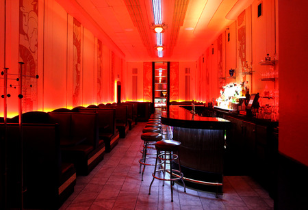 Bar Pub lounge in Red Decor