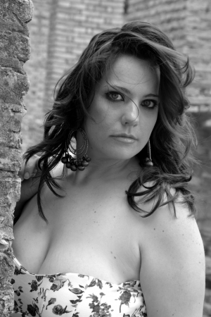 tetona: Busty joven dama