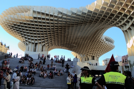 popularly: Seville (Spain) 1st June 2013: Demonstration at the place popularly known as the mushroom 5