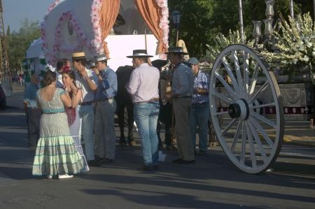 peregrinación: Carmona Sevilla 01 de septiembre 2013 la peregrinaci�n anual en honor de la Patrona 56 Editorial