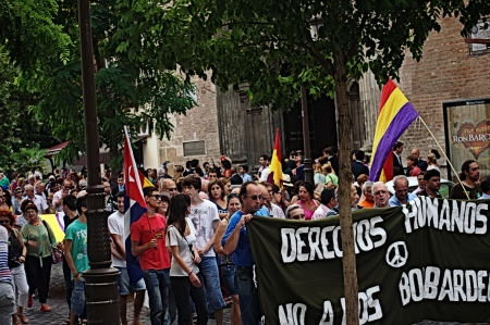 pacifism: Seville 14th September 2013  Demostration against the war in Syria 61 Editorial