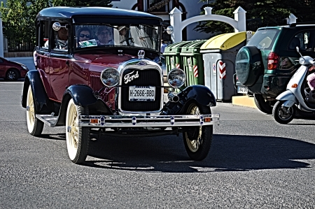 carmona: Carmona  Seville Spain  20th Otober 2013 Old car concentration 44  The Parade Editorial