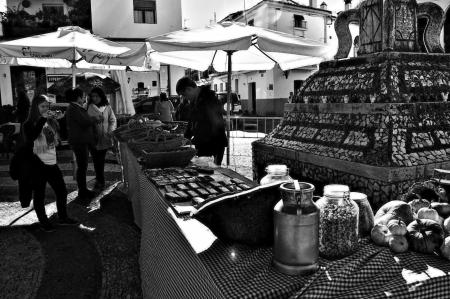 huelva: Fuenteheridos  Huelva  Spain - 30-11-2013 Open air market 18 Editorial