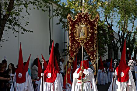 fraternidad: Carmona Sevilla Espa�a 13 de abril 2014 Procesi�n de la Semana Santa 45 San Blas hermandad