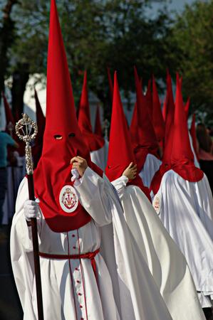 fraternidad: Carmona Sevilla Espa�a 13 de abril 2014 Procesi�n de la Semana Santa 42 San Blas hermandad