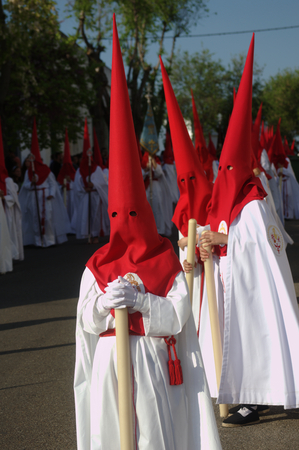 fraternit�: Carmona Sevilla Espagne 13th Avril 2014 Procession de la Semaine Sainte 41 Saint Blas fraternit�
