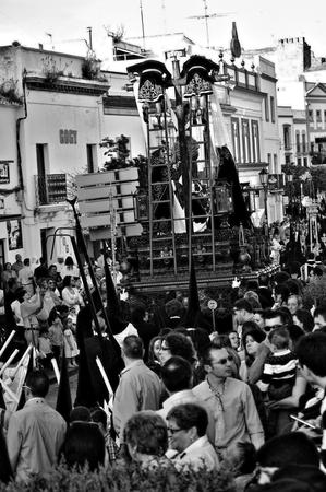 fraternit�: Carmona S�ville Espagne, le 16 avril 2014 de la Semaine Sainte c�l�brations Saint Francis fraternit� procession 39
