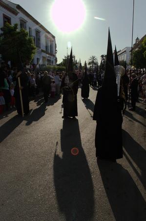 fraternit�: Carmona S�ville Espagne, le 16 avril 2014 de la Semaine Sainte c�l�brations Saint Francis fraternit� procession 27