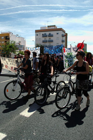 protests: Sevilla Spain 1st May 2015  Labors Day protests