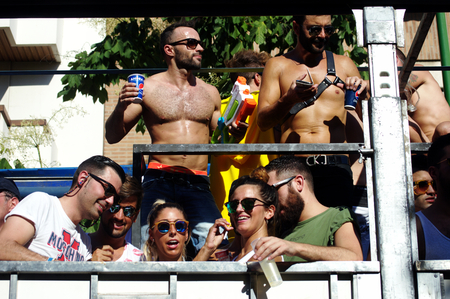 homosexuales: Sevilla 27-06-2015 - manifestación del Orgullo Gay y desfile
