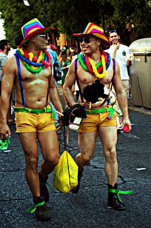 homosexuals: Sevilla 27-06-2015 - manifestación del Orgullo Gay y desfile