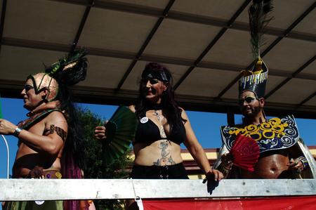 homosexuals: Sevill España 27-06-2015 - Gay manifestación del orgullo y el desfile Editorial